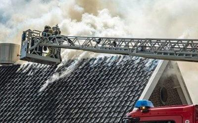 Restaurant Vroeg getroffen door brand